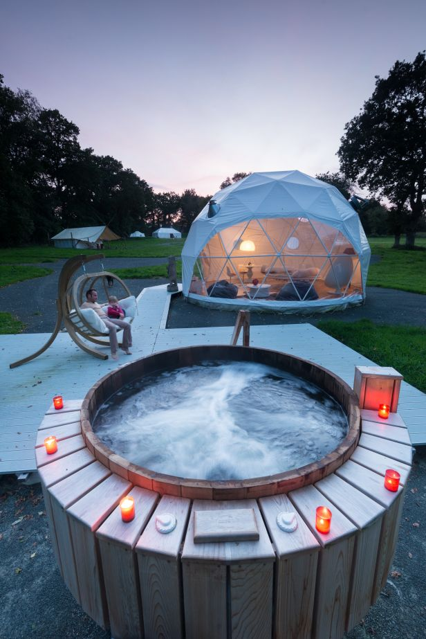 Yoga Extérieur Geodesic Dome Houses For Luxury Glamping Resorts & Retreats