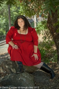 Fat Girl Fashion: an eShakti Review | Books and Cleverness