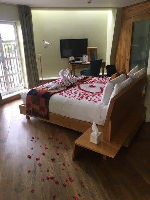 bed petals
