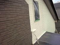 9サイディング壁 ガイナ塗装 中塗り(2層目)3