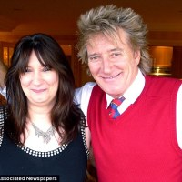 Rod Stewart and Daughter Reunite After 47 Years