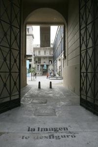 Entrada al cuartel de Policía de Rosario, hoy espacio de la memoria, donde fue funcionó el C.C. El Pozo, donde estuvo Daniel Gollán.