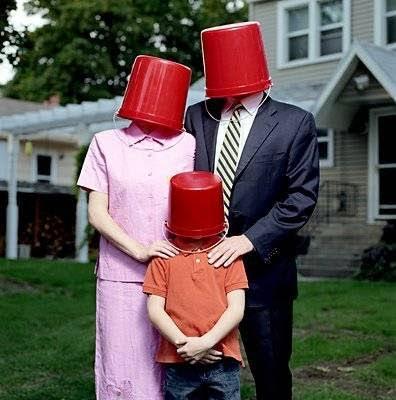 tres-baldes-rojos