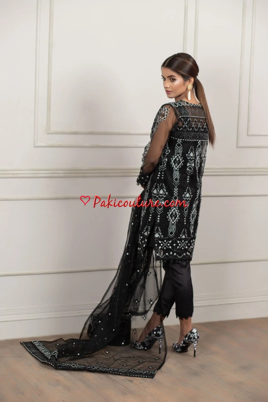 Anum Jung Eid Edit Rtw Collection 2020 Shop Online Buy Pakistani Fashion Dresses Pakistani Branded Latest Clothes