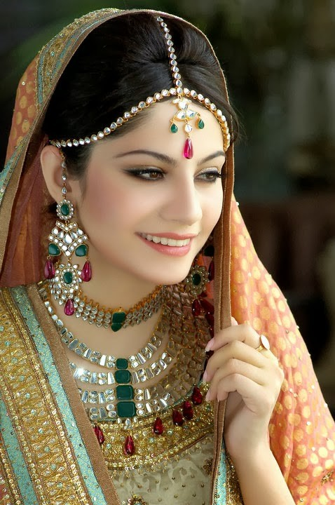 Pakistani Beautiful Girl Wallpaper Neelam Muneer Drama Amp Movies List Height Age Family