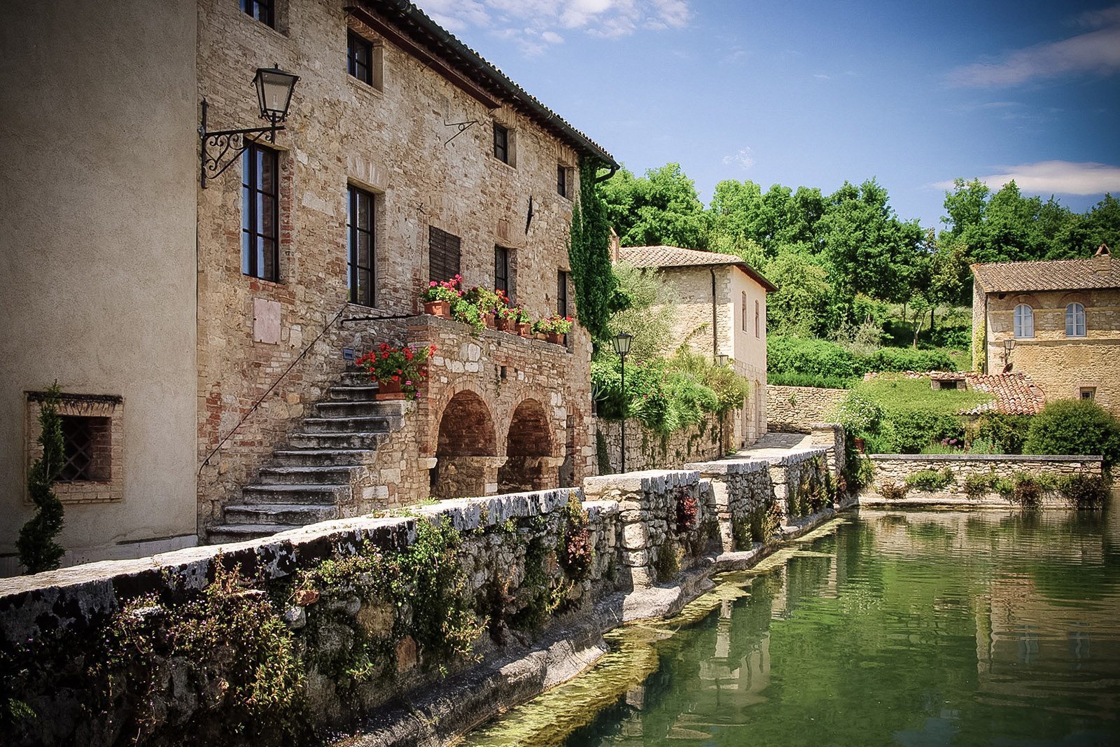 Bagno Vignoni Free Thermal Baths Free Spas In Tuscany A Holiday Between Comfort And Relaxation
