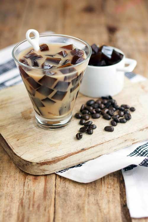 Paleo Foodie Kitchen – COFFEE JELLY ALMOND MILK TEA