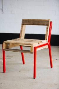 DIY Pallet Chair with Steel Legs | Pallet Furniture DIY