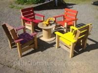 Pallet Armchair for Kids | Pallet Furniture Plans
