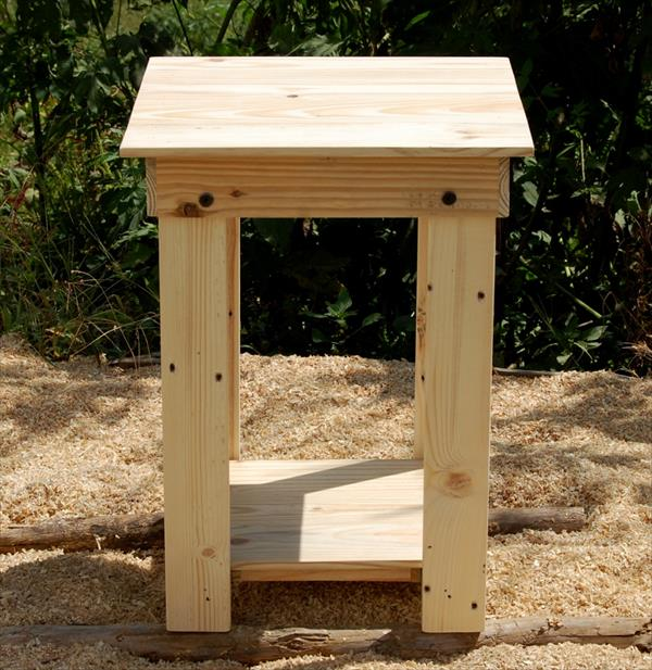 Diy Easy-To-Build Pallet Nightstand And Side Table   Pallet