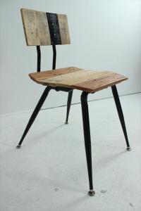 DIY Pallet and Metal Vintage Chair | Pallet Furniture Plans