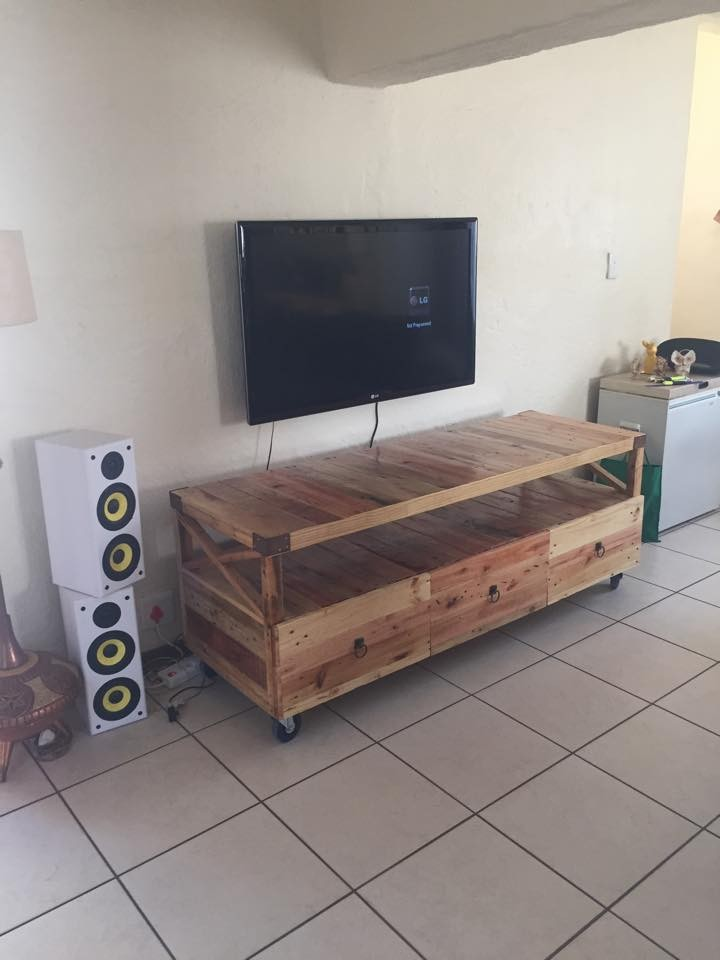 Meuble Tv Made In Design Wooden Pallet Rustic Tv Stand | Pallet Ideas