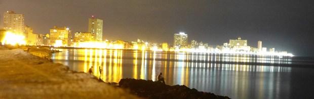 Malecon a medianoche
