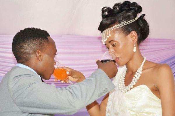 """Ndayishimiye Celestin na Uwera Monique bati """"Ntihazagire uwicwa n'inyota"""""""