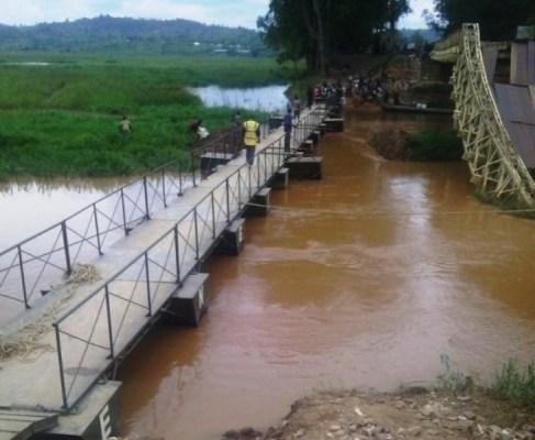 Inzira yashyiriweho abanyamaguru n'abakoresha amagare ikiraro kimaze gucika. (Photo/Courtesy)