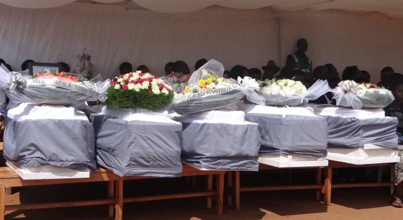 Imibiri 16 y'abazize Jenoside yakorewe Abatutsi yari ishyinguye mu ngo yashyinguwe mu cyubahiro mu Rwibutso rwa Jenoside rwa Kiziguro (Photo/Panorama)