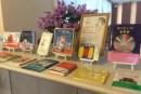 三沢市にあるcafe42で、美味しい野菜料理とアート空間の中に、子どもの障がいに理解を深める本が!