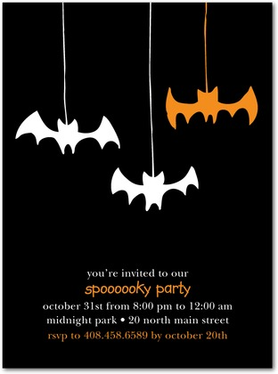 Halloween Hanging Bats Party Invites
