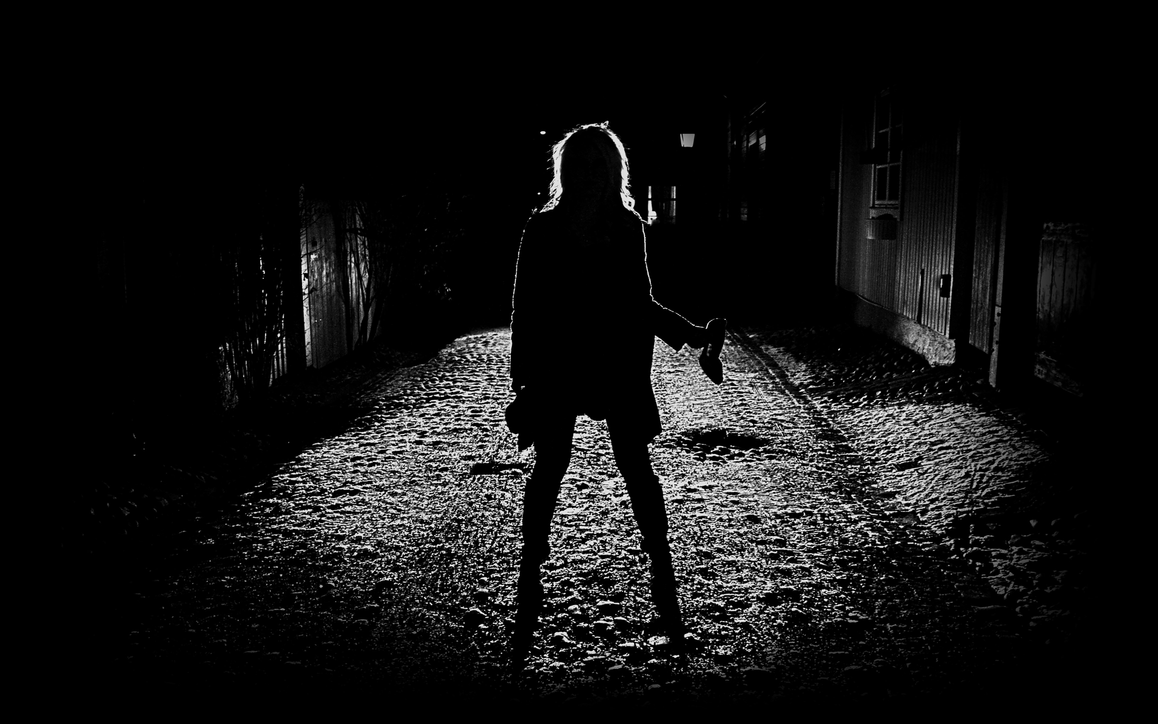 Danger 3d Wallpaper Ae59 Girl Silhouette Dark Street Scary Maybe Papers Co