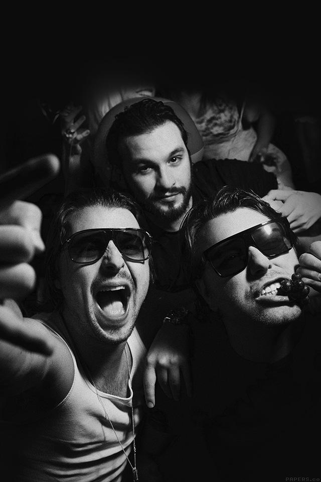 Swedish House Mafia Hd Wallpapers Freeios7 Hc96 Swedish House Mafia Dj Having Fun Music
