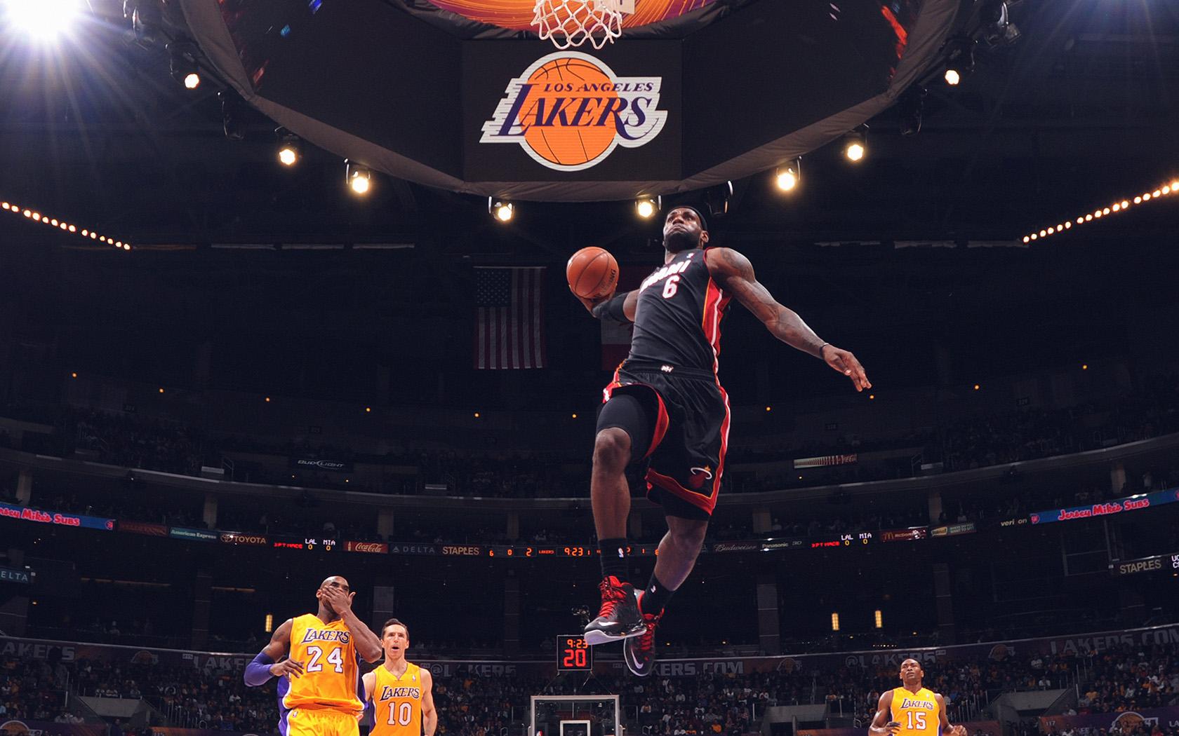 Fall Wallpapers Hi84 Lebron James Nba Basketball Dunk Wallpaper