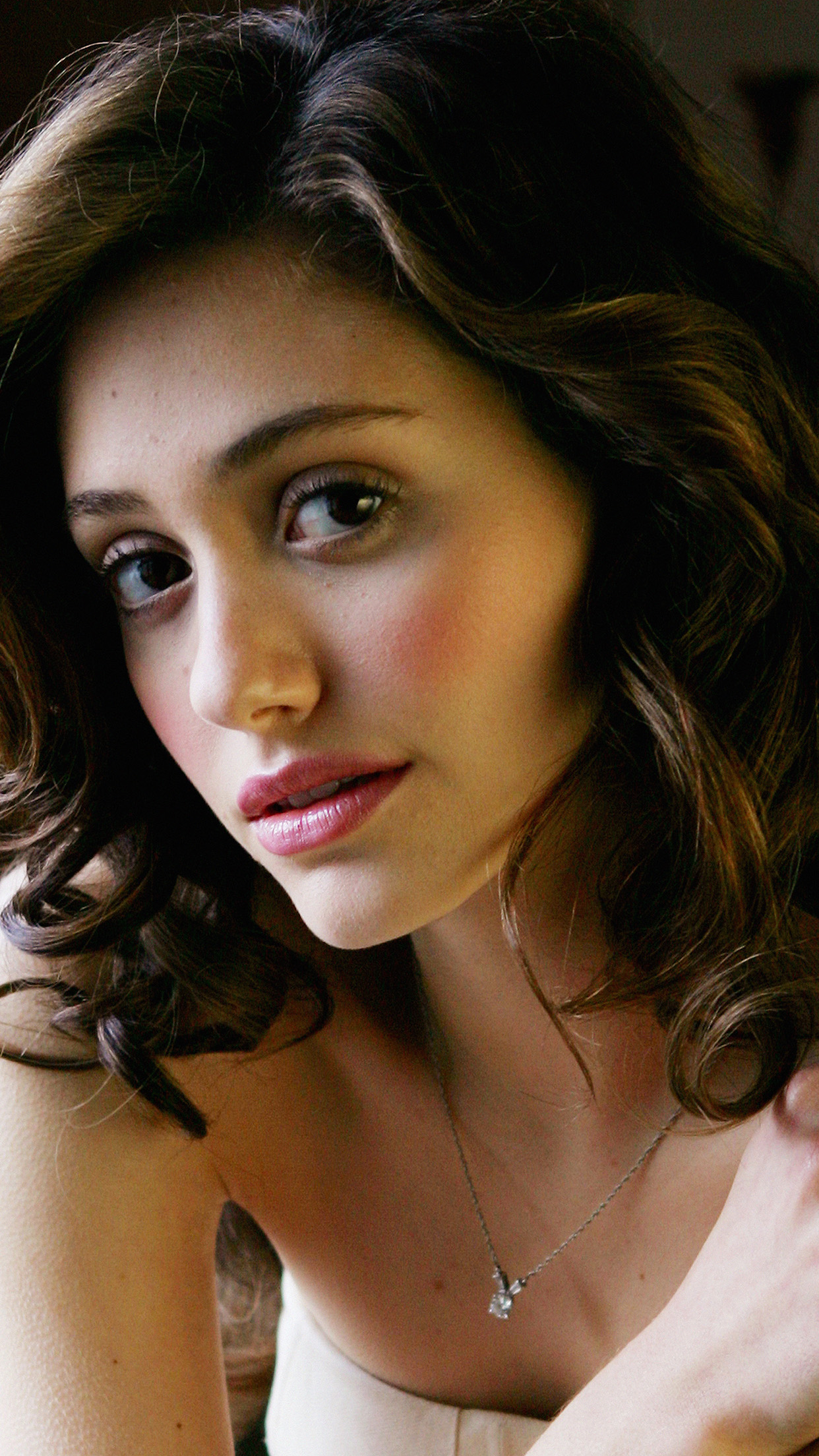 Cute Girly Wallpapers For Phone Papers Co Iphone Wallpaper Hk61 Emmy Rossum Actress