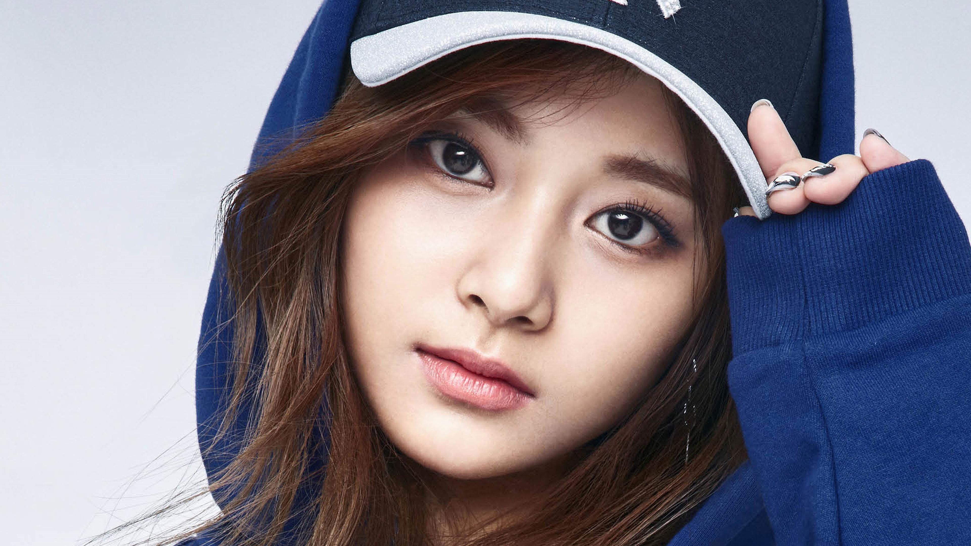 Cute Girl Face Desktop Wallpaper 3840 X 2400