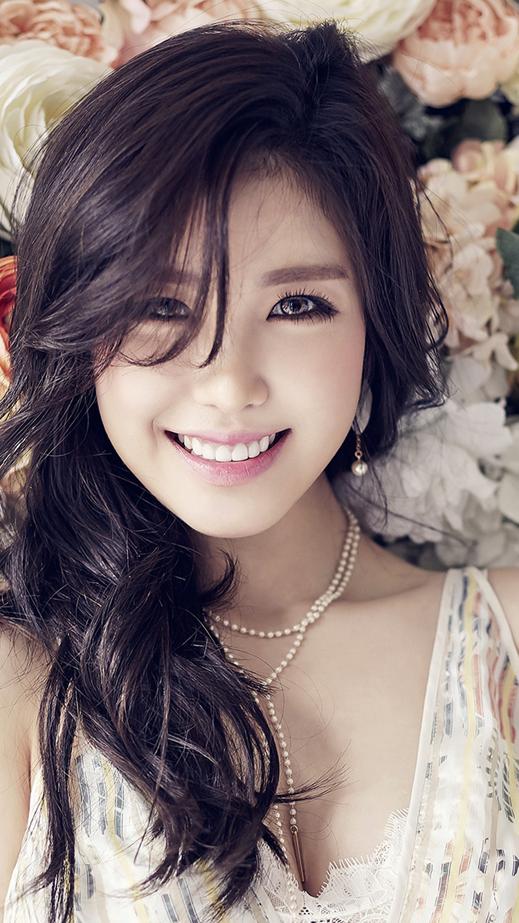 Bts Iphone Wallpaper Ho56 Flower Girl Kpop Hyosung Asian Smile Wallpaper