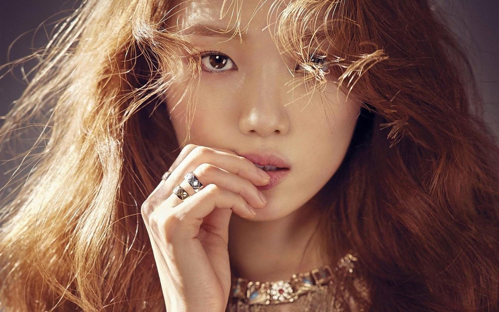 Girl In Rain Hd Wallpaper Ho68 Kpop Girl Model Asian Beauty Wallpaper