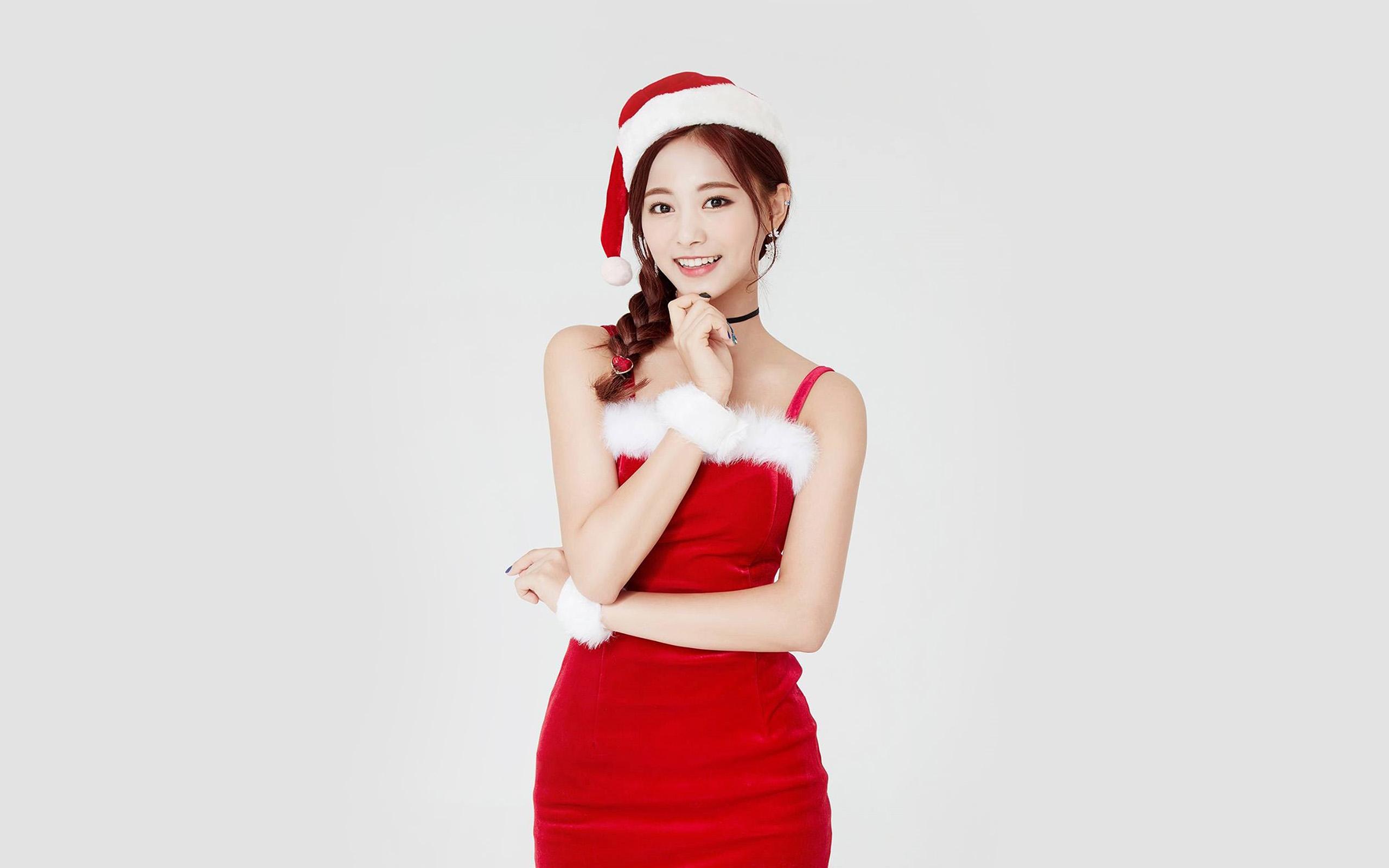 Cute Apple Logo Wallpaper Hp14 Twice Tzuyu Girl Christmas Kpop Wallpaper