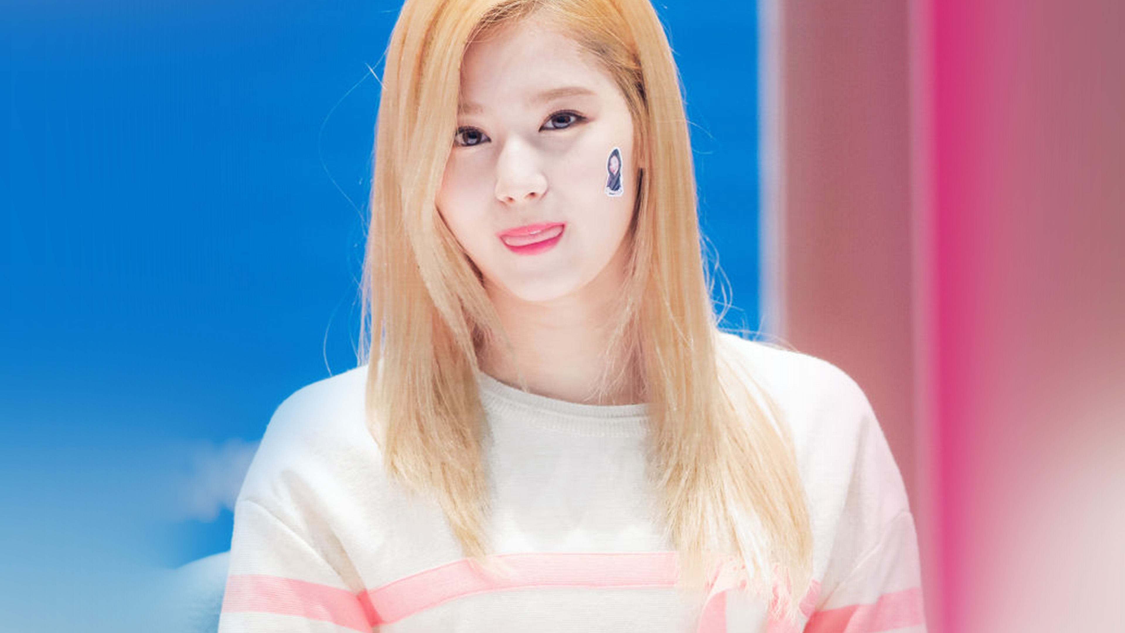 Cute Girly Christmas Wallpapers Hp73 Sana Twice Girl Kpop Group Cute Wallpaper