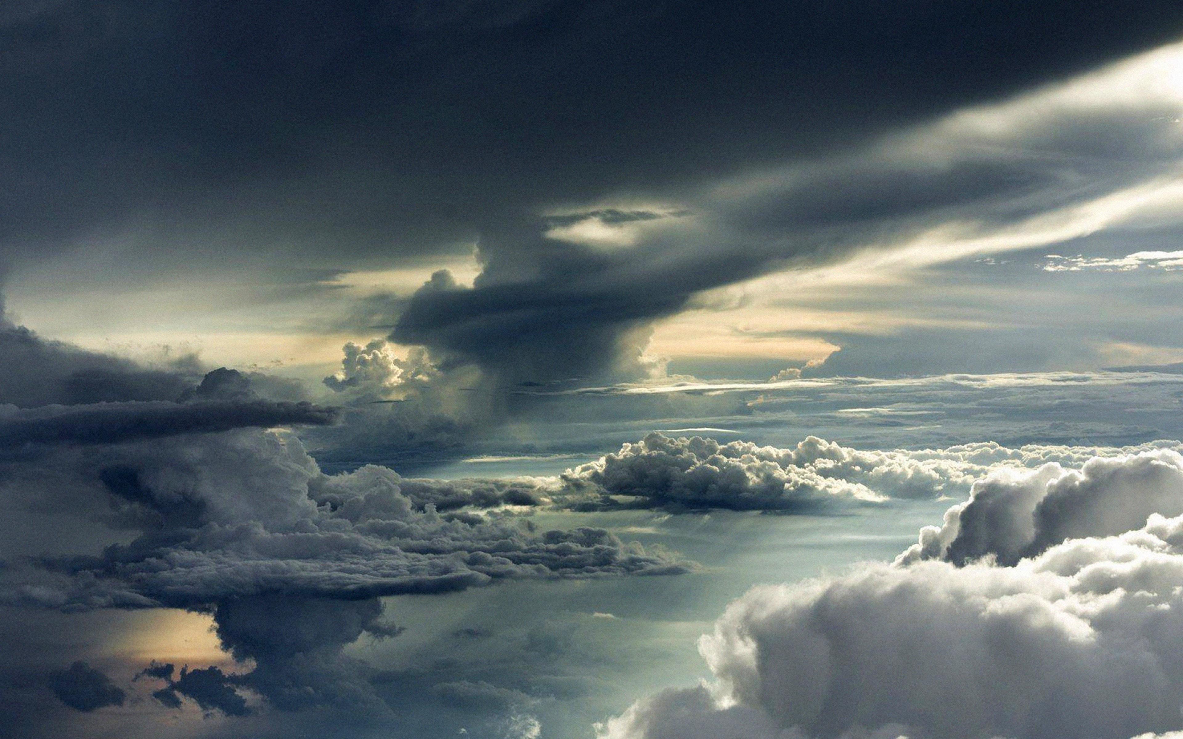 Free Fall Animal Wallpaper Mc83 Wallpaper Between Storm Clouds Sky Wallpaper