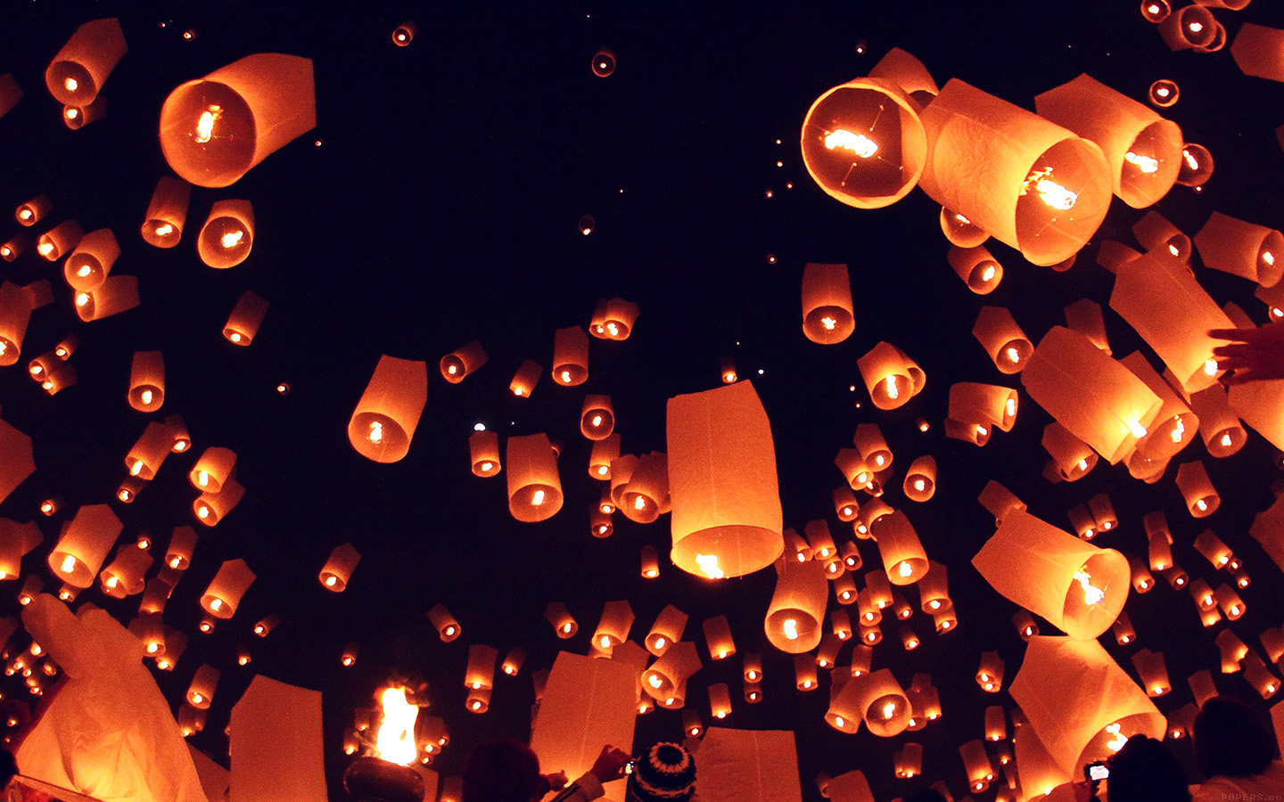 Sky Lanterns Wallpaper Iphone Mk16 After Dark Festival Lights Sky Papers Co