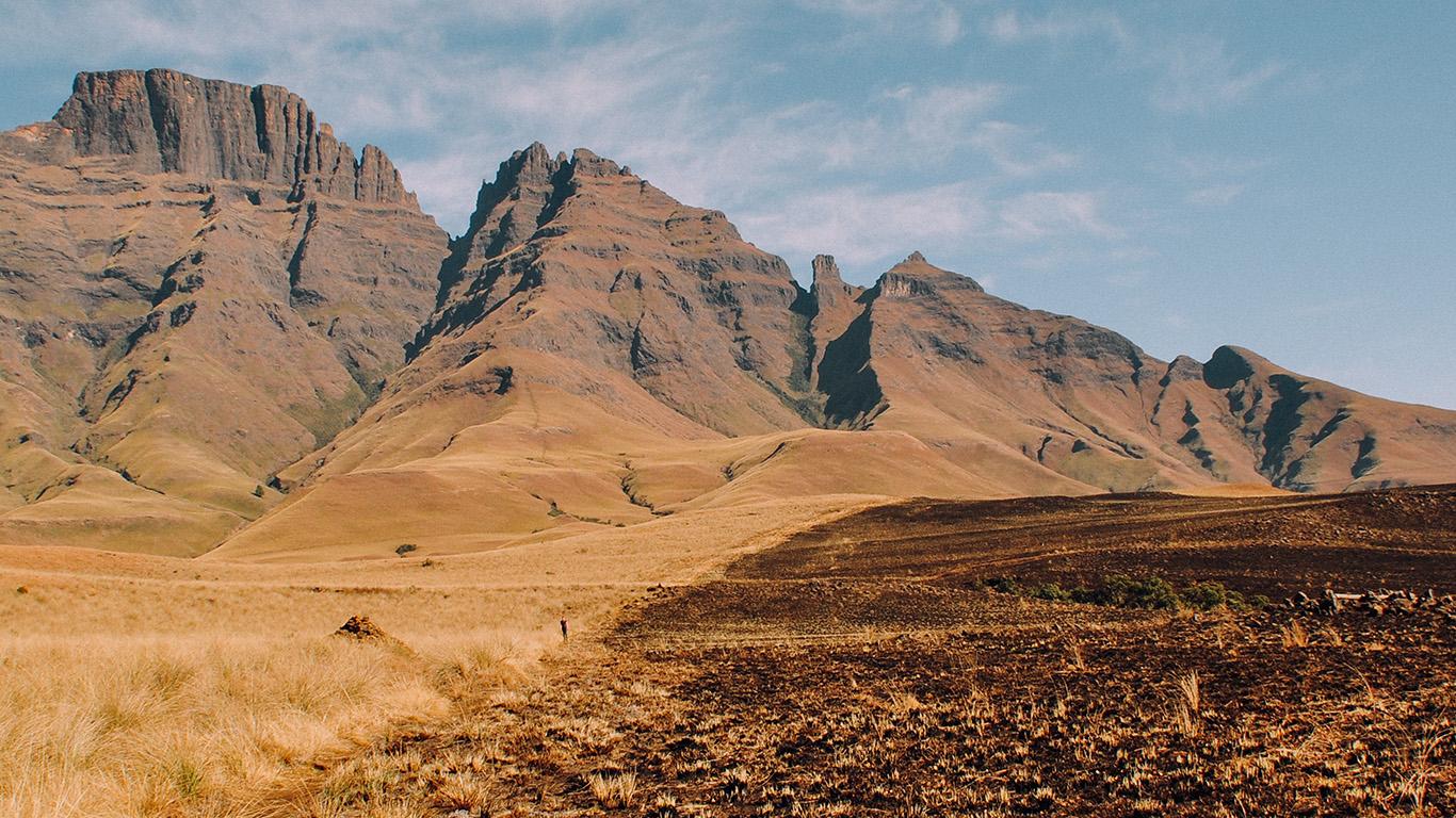 Emma Watson Iphone X Wallpaper Desktop Wallpaper Laptop Mac Macbook Airmt24 Dirt Mountain