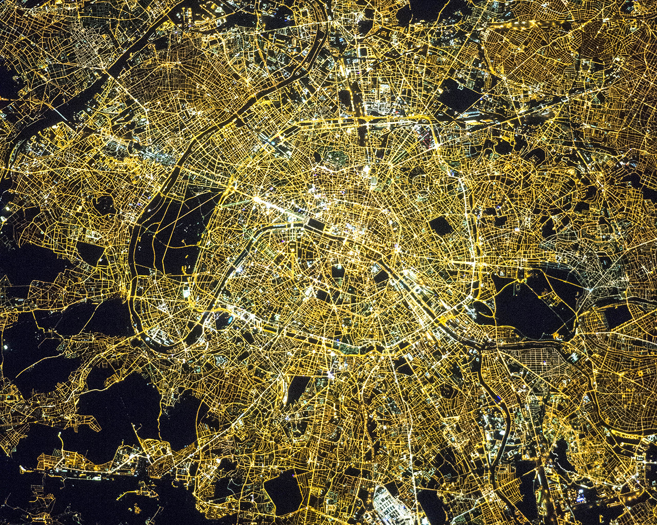 Nasa Iphone 5 Wallpaper I Love Papers Nv95 City Earthview Night Nature