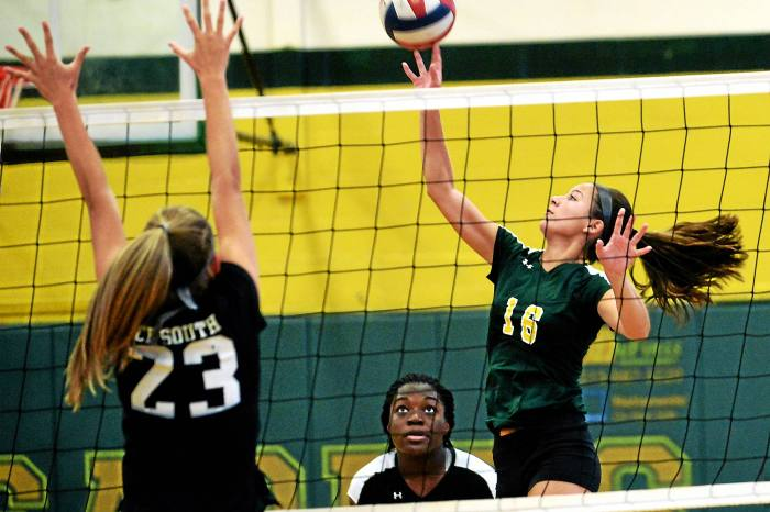 Lansdale Catholic looks good in non-league win over CB South