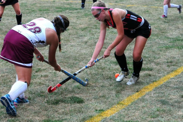 Pennsbury field hockey pours it on after the break at Abington