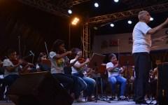 Alunos do projeto Ação Social Pela Música apresentam Concerto Didático