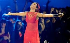 Rihanna, Britney Spears e Ariana Grande fazem apresentação no VMA