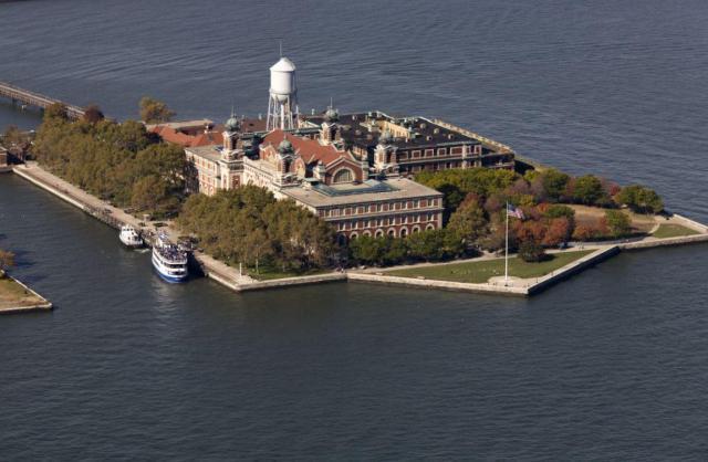 ellis-island (1)