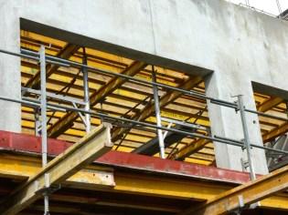 Préparation du coulage de la dalle du 2° étage, Bâtiment C