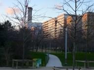 Parc 17 depuis la rue Cardinet