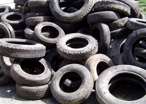 yes, you can make a house of old tires.