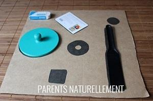 activité Montessori associer des objets à leurs formes