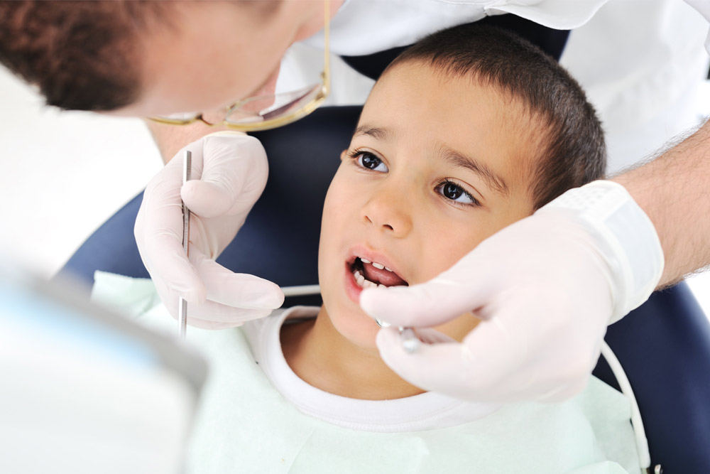oral healthcare first visit to dentist