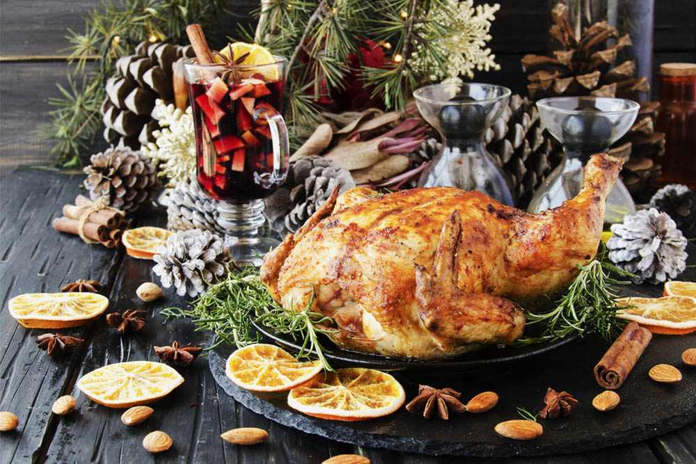 pregnant-woman-christmas-feast-turkey