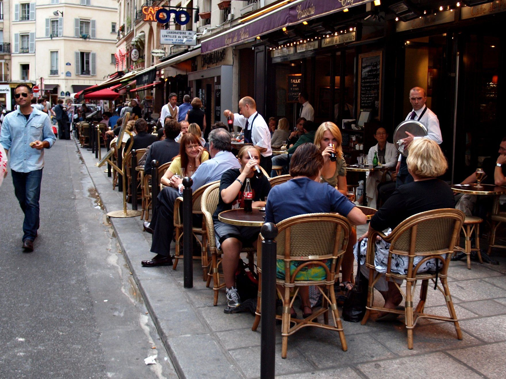 Café Des Capucines Paris Famous Brasseries In Paris Parisbym