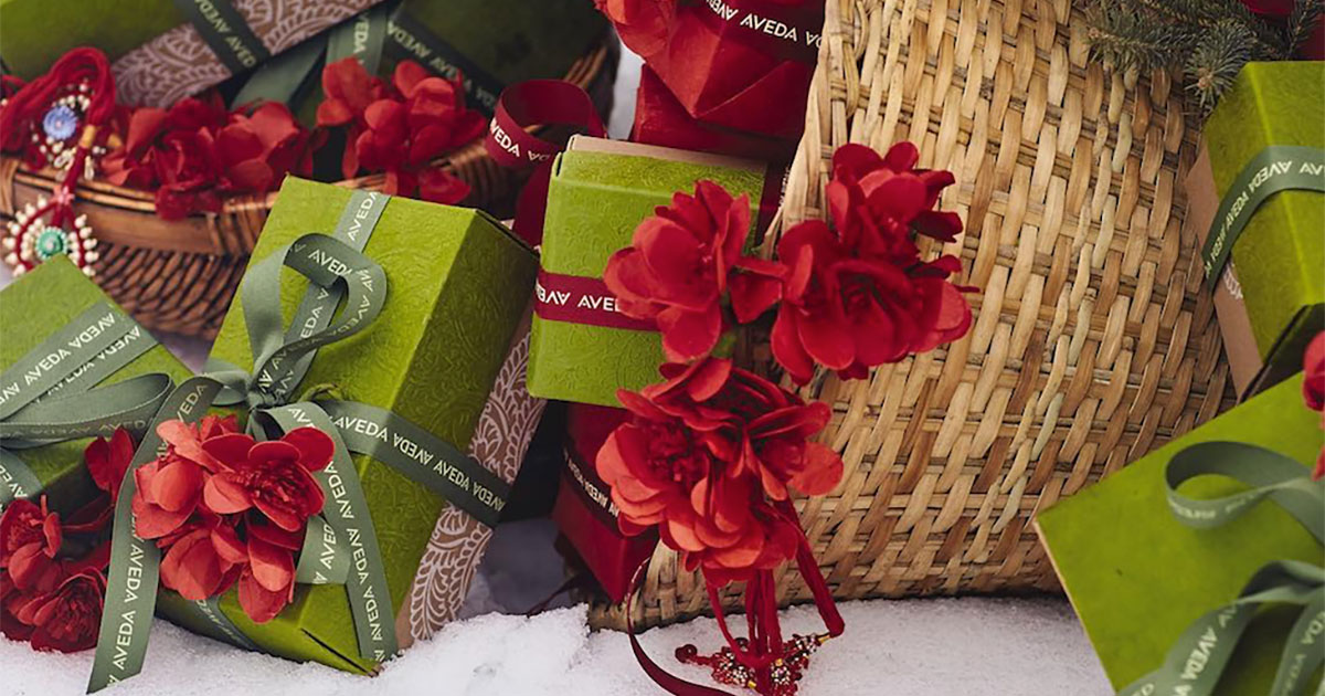 Stress-free holiday gifting for all the ladies in your life
