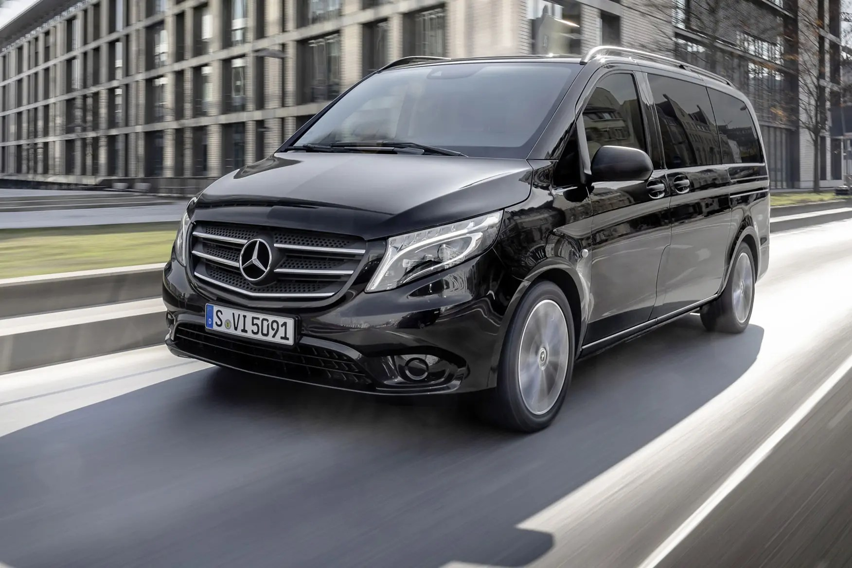 Mercedes Vito Tourer Mercedes Benz Vito 2019 New Engines And Tech Revealed Parkers