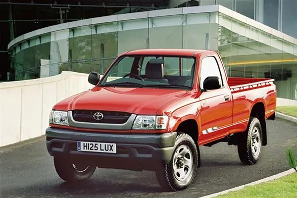 Toyota Hilux pickup review (1976-2005) Parkers
